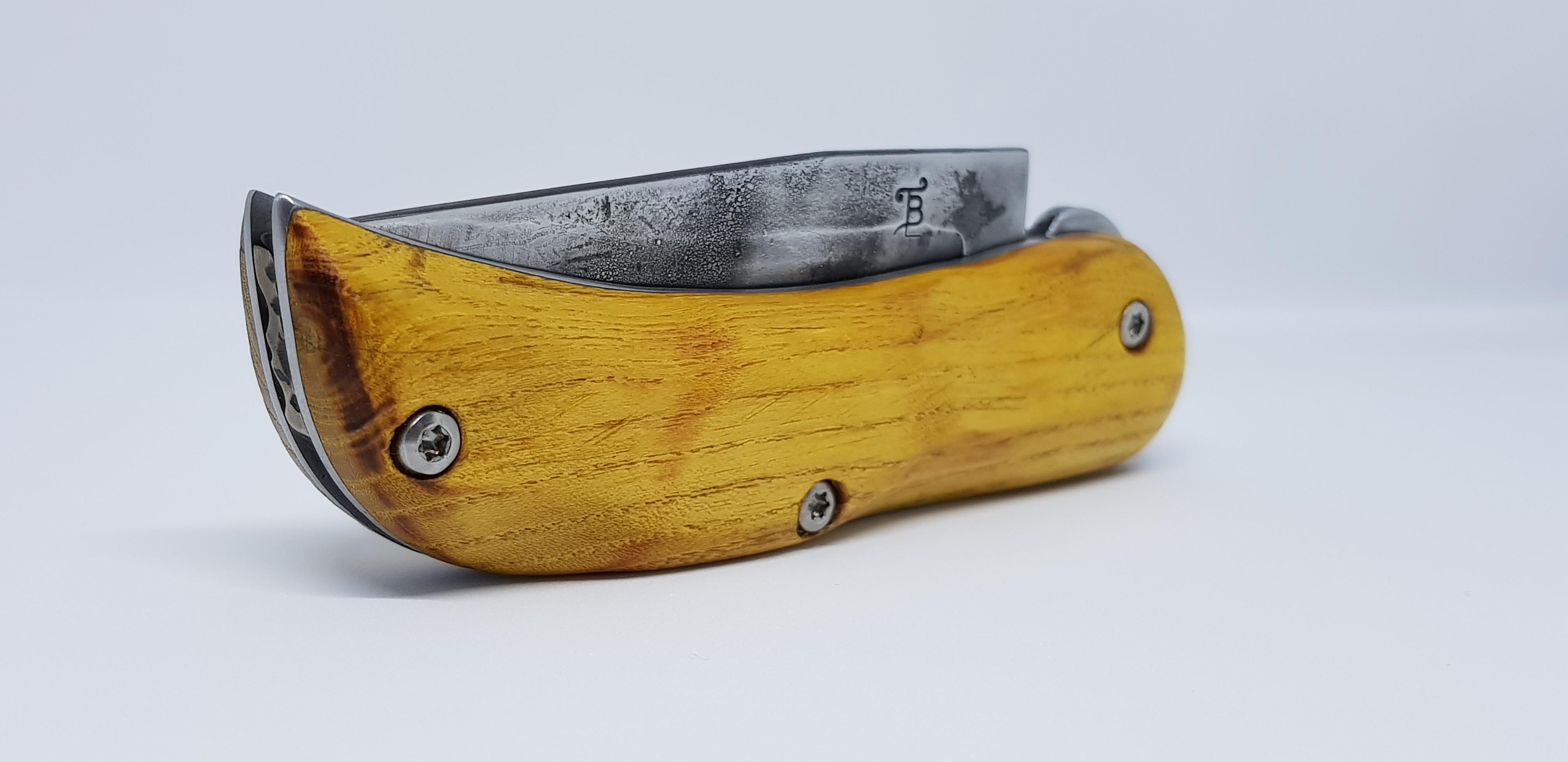 Couteau pliant bois robinier