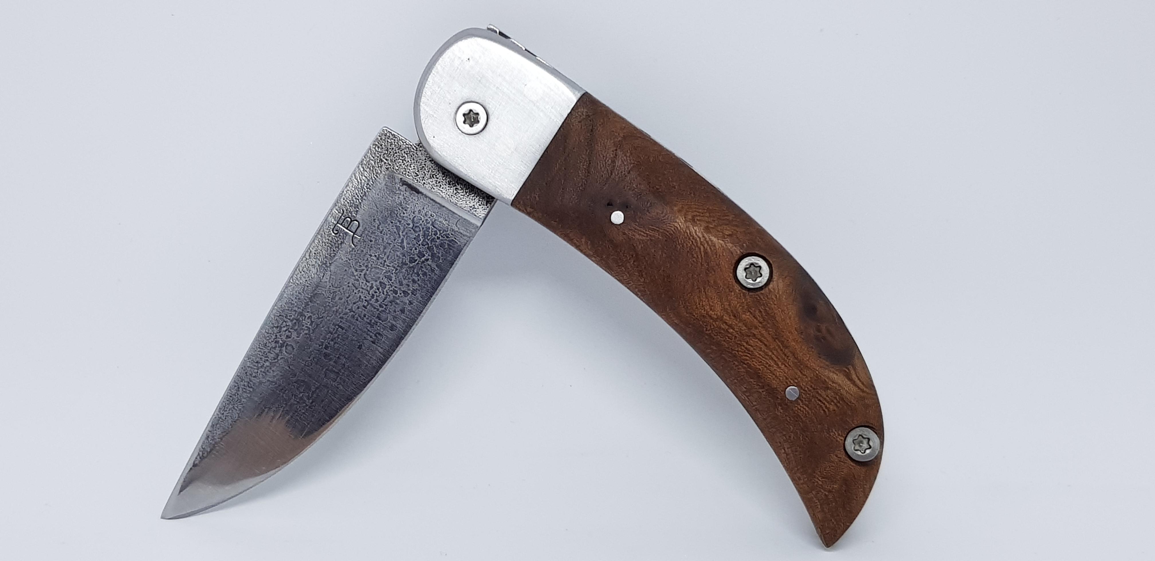 Couteau pliant acier forgé