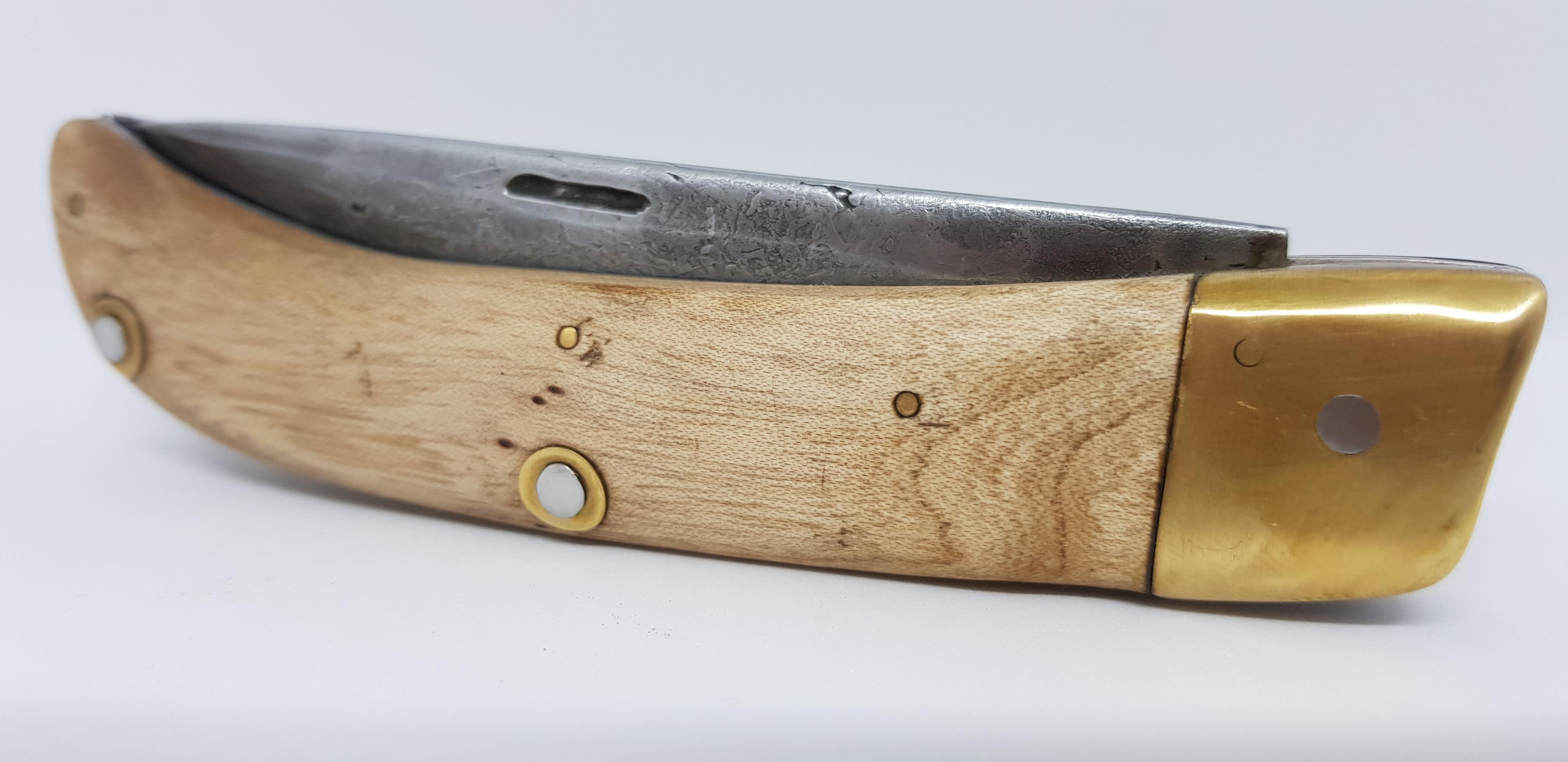 Couteau pliant bois frêne