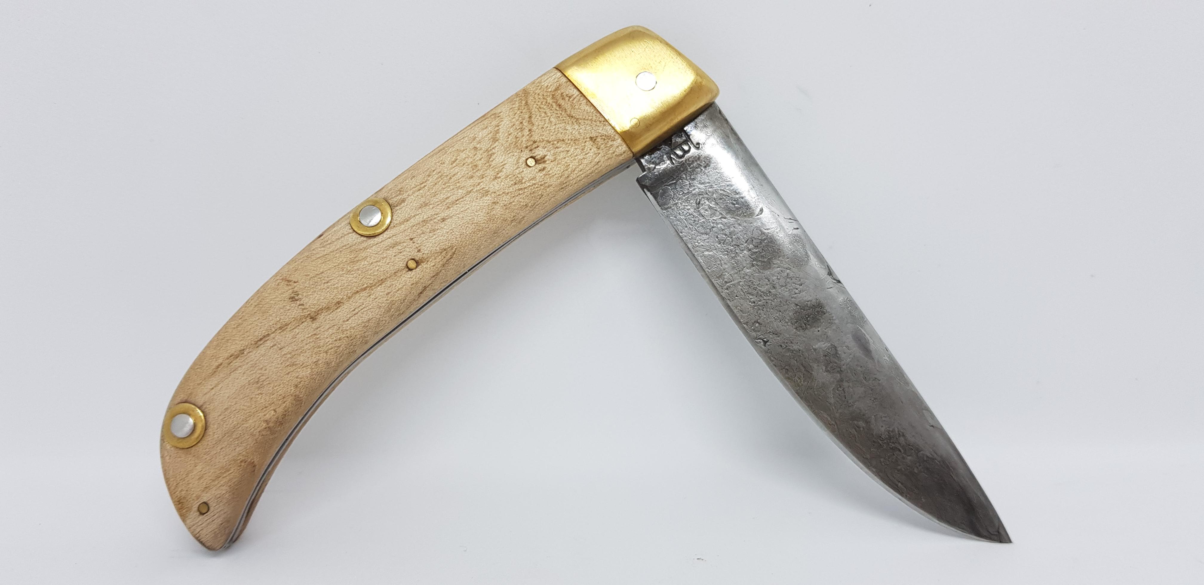 Couteau pliant lame damasse