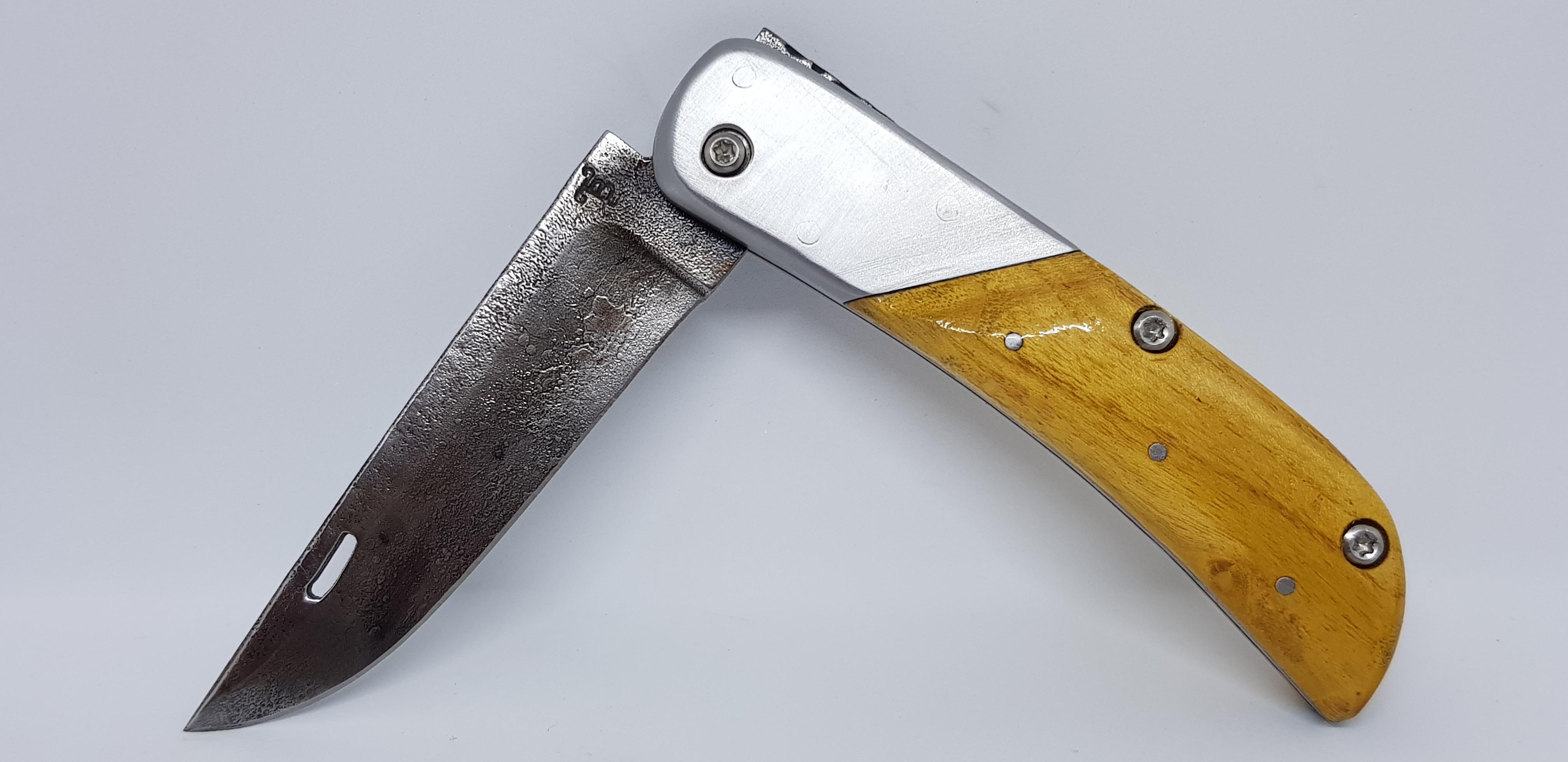 Couteau pliant forgé main