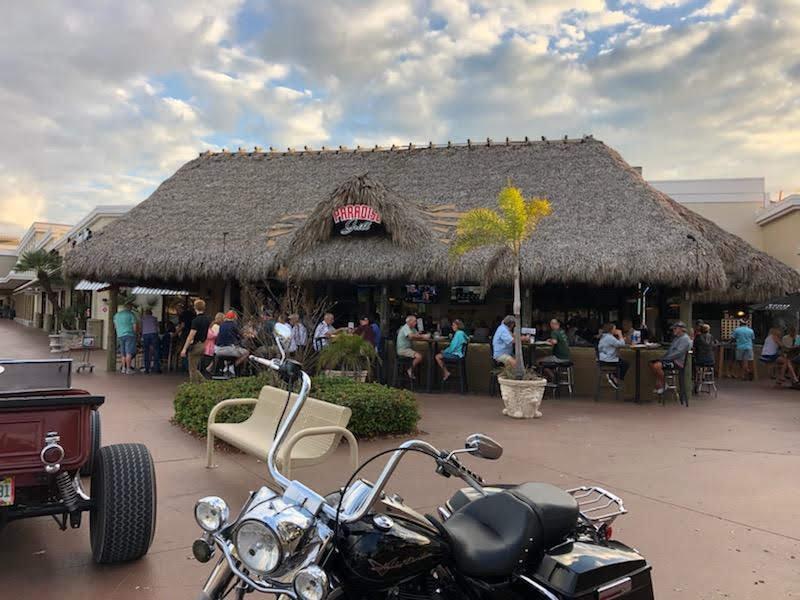 Paradise Grill Tiki Bar
