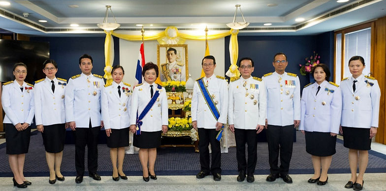 diplomats group photo_2019_edited.jpg