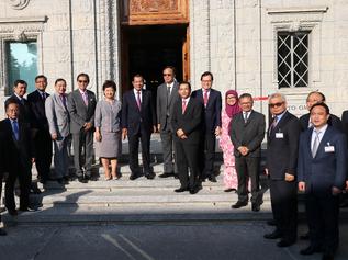 """ทูตอาเซียนประจำ WTO ร่วมต้อนรับ """"นายกฯ ฮุนเซน"""" ในการประชุม Aid for Trade Global Review 2019"""