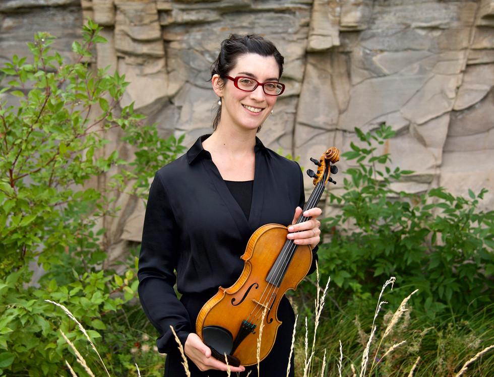 4075 Megan Karls violin.jpg