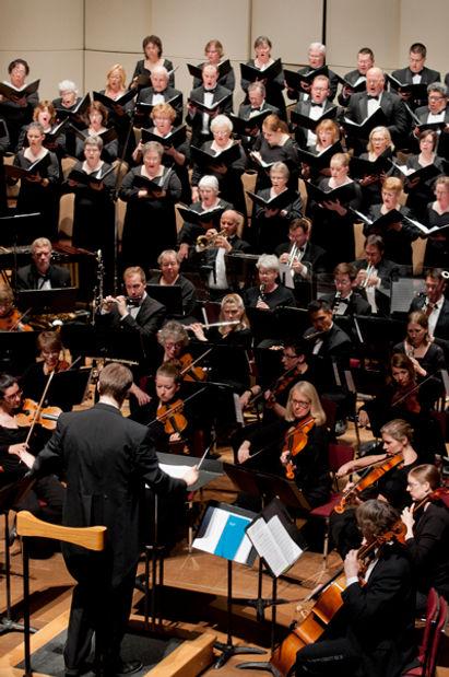 DSC_0406 Vertical Orchestra & Choir web.