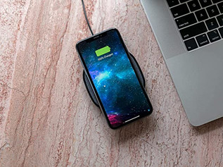 Mophie Wireless Charging Pad For iPhones and Qi-Enabled Devices