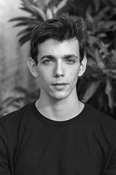 Albert-Galindo-Kibbutz-Contemporary-Dance-Company-Dancer.jpg