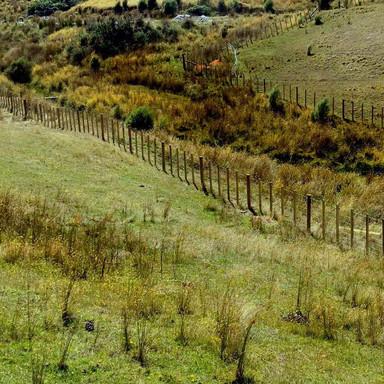 Waterway fencing