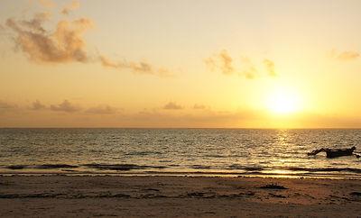 sunrise-3734777_1920.jpg