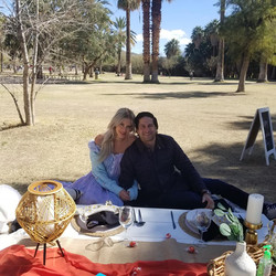 couple picnic