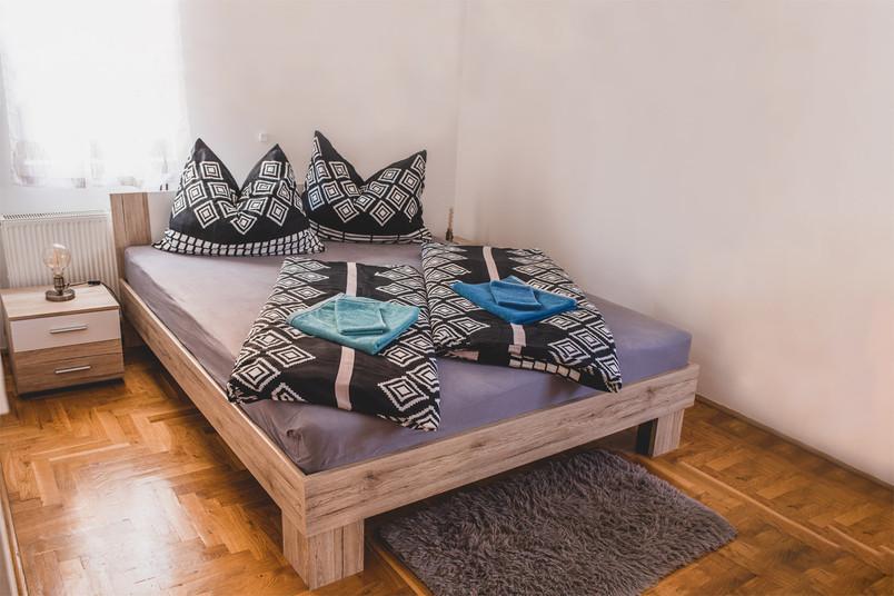 Airbnb apartment Zagreb bedroom