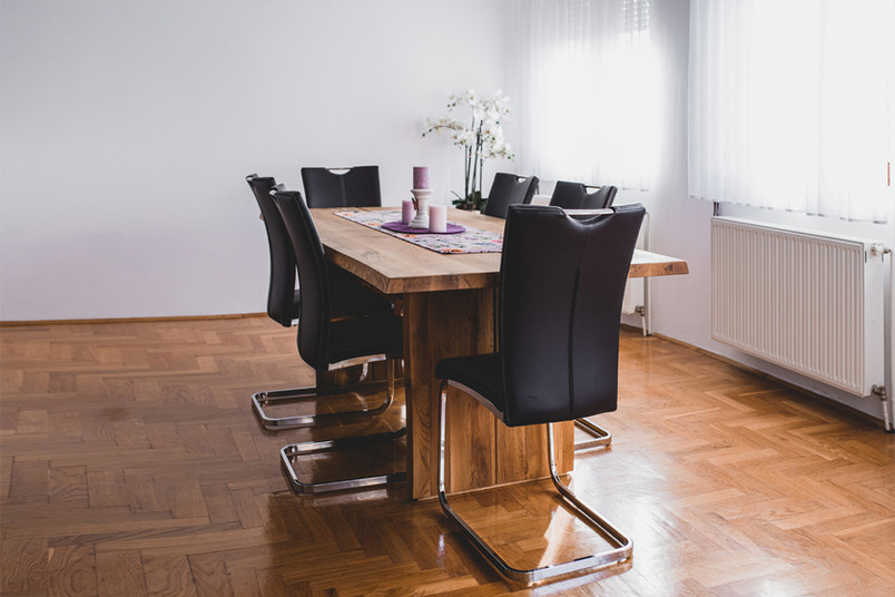 Airbnb dining room in Zagreb