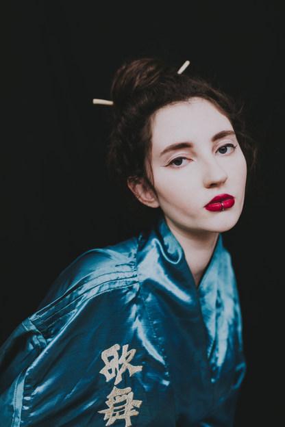 Editorial fashion portrait turqoise kimono