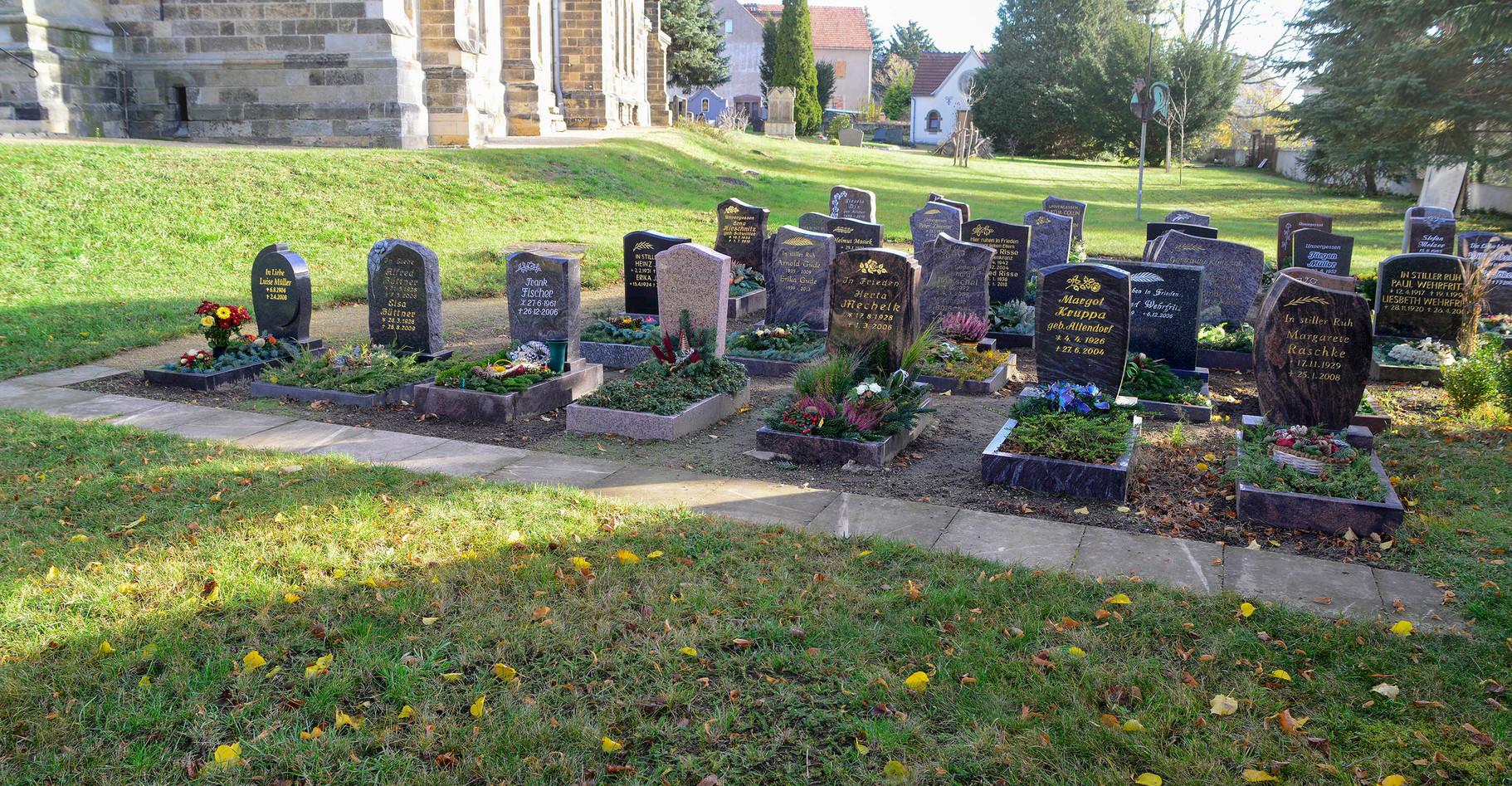 Gräber in Großdobritz