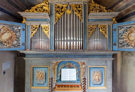 Alte Kirche Orgel coswig.jpg