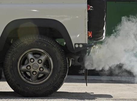 É preciso aquecer o motor antes de sair com o carro?