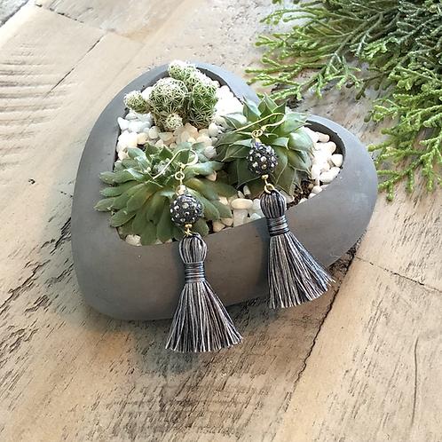 Holiday Tassel-gray