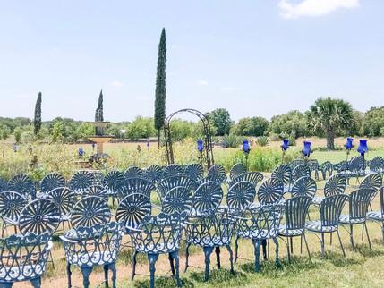 Tip Tuesday: Outdoor Wedding Fashion