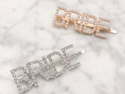 Tip Tuesday: 5 Ways to Wear Bridal Barrettes