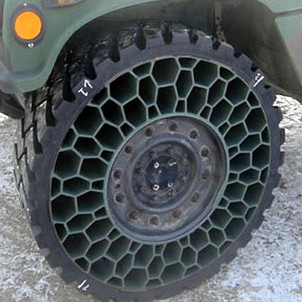 CN207000062: Explosion-proof Tire