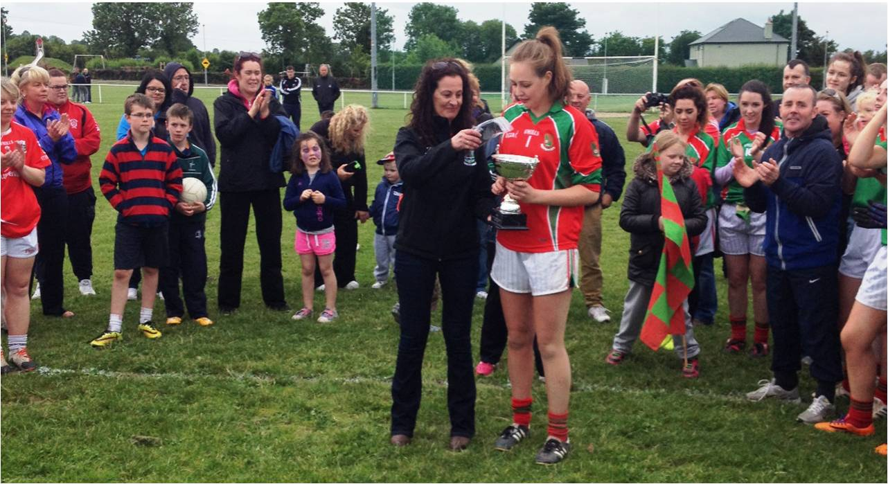 Ladies Division 4 Cup Presentation