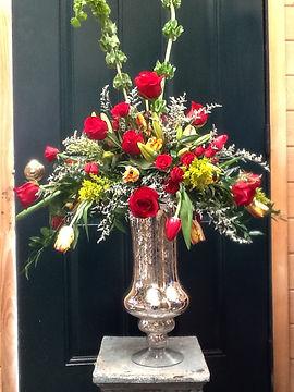 red wedding bridal flowers bouquet