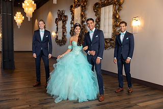 372_navy_sterling_quince_group-19.jpg