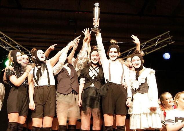 Levring Efterskole - eleverne på dans vinder guld