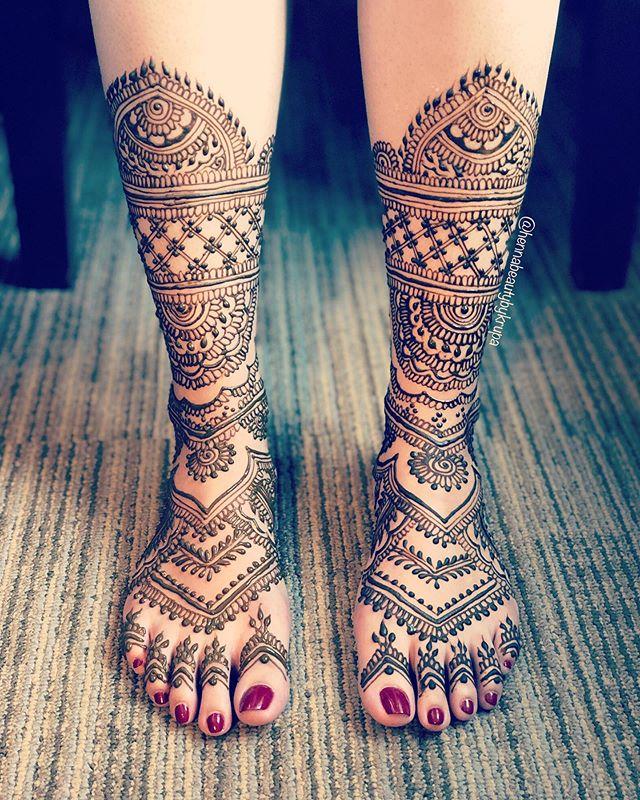 __ RANI HOON MEIN __ 👑 Foot designs don