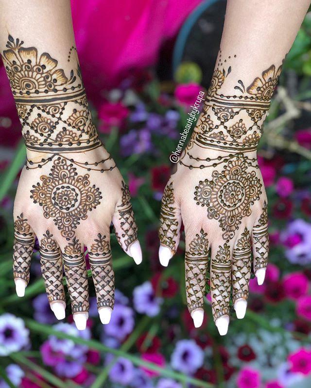 __ SUMMER BLOOM __ Love this Arabic styl