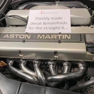 Aston_Martin_DB7_Exhaust_1.JPG