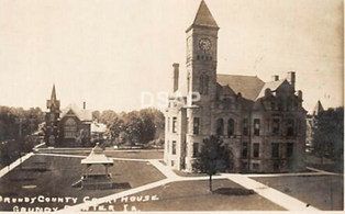 Courthouse and southeast 1910.png