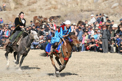 1 Kiz-Kumai - a traditional horse game