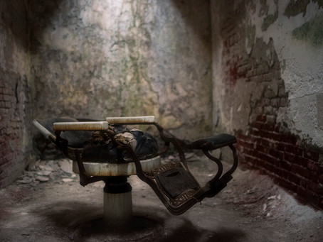 The Beauty of Darkness, Dirt & Decay at Eastern State Penitentiary