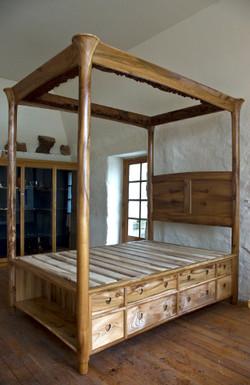 Four poster oak bed
