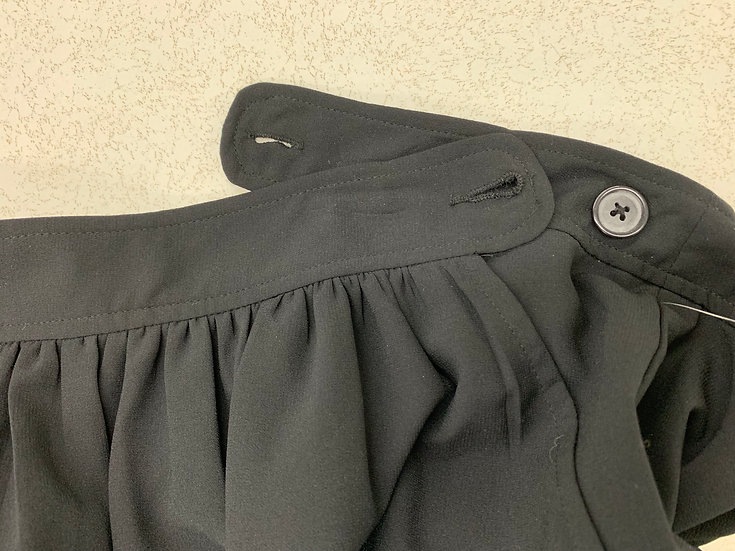 Old Navy Womens size 6 Black Pleated Waist Short Mini Skirt