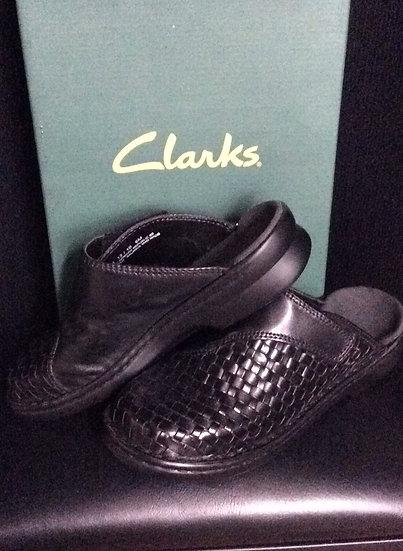 NIB Clark's Brand Black leather slip on shoes Rebecca Sz 6