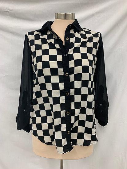 Fun And Flirt Cherkerboard size XS Black White Long Sheer Button Down Sleeve Blo
