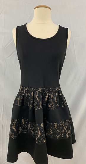Ruby Rox Woman's size 7 Black Key Hole Back Lace Sleveless Dress