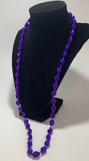 """Vintage Purple twist Plastic Bead Necklace 30"""""""
