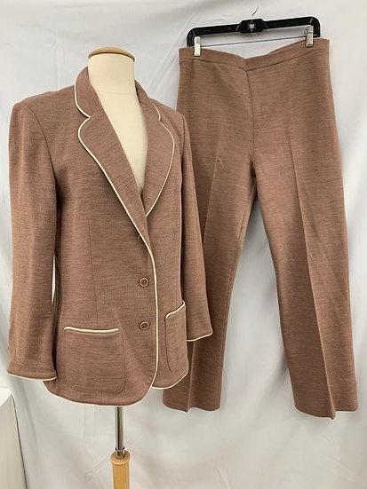 Vintage 1970's Women's size 16 Pant Suit BUTTE KNIT 2 Piece Jacket and Pants