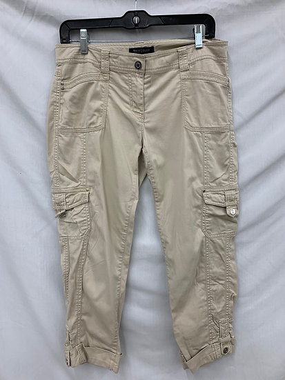 White House Black Market size 4 Beige Crop Leg Pants