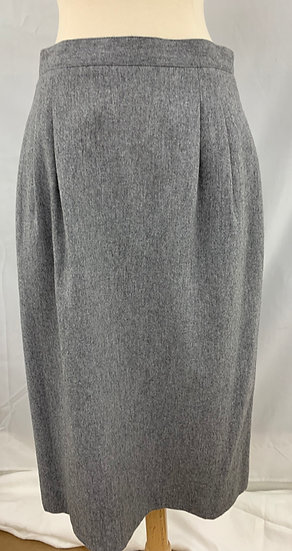 Vintage Women's size 12 Regatta Sport Gray Skirt