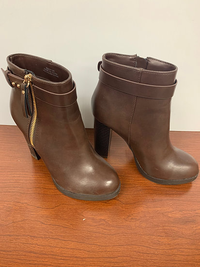 NEW FOREVER21 brown ankle Boots size 5.5