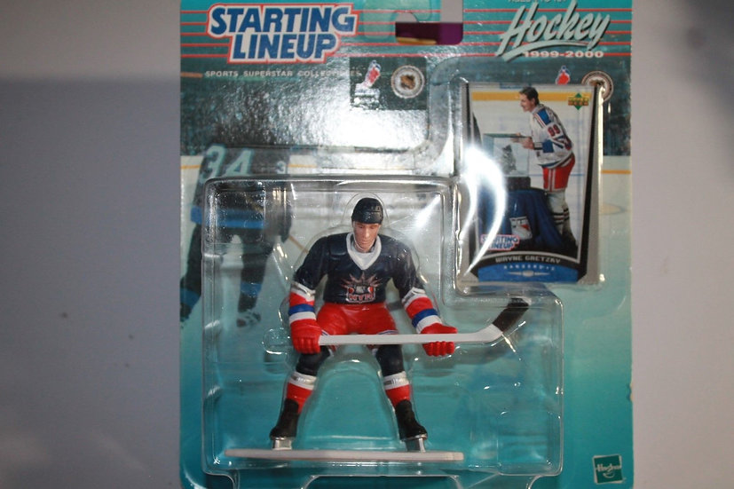 NEW Starting Line Up Wayne Gretzky 1999-2000 NY Rangers Collectible Figu