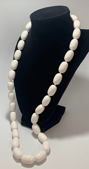 """Vintage White Chunky Bead, Whit Spacer Necklace 30"""""""