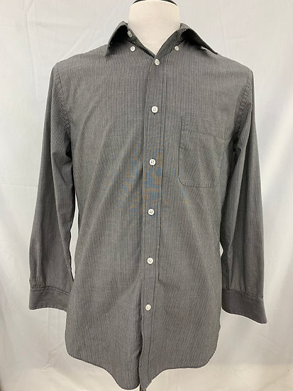 Mens size 15.5 32/33  Crofts & Barrow Button Collar Broadcloth Fitted LS Button