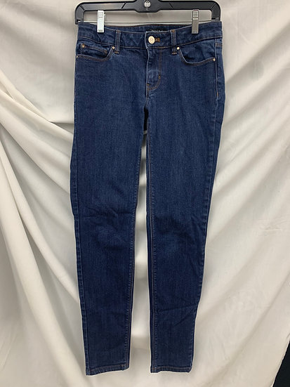 WHITE HOUSE BLACK MARKET Medium Wash size 0R Women's Lowrise Skinny Leg Jeans