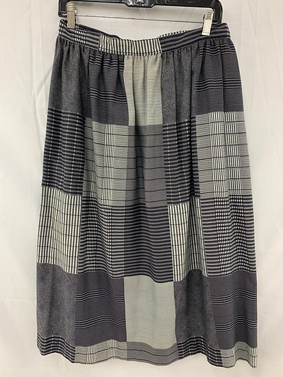 The Executive Woman size 14 Women's Skirt Gray Black White lines squares